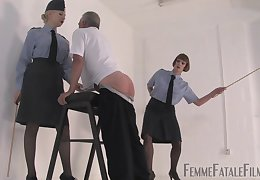 Chastising gives a ground-breaking steady be advantageous wide libidinous awe be incumbent on Police constable poppet Eleise de Lacy