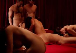 Babe loves to fuck go on her man