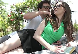 Nerd toff fucks girlfriend Jay Taylor on the lawn in affectation of the house