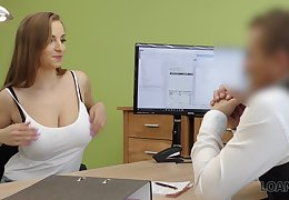 Student with D-cups boobs Suzie is on the lookout for casual sex to obtain a loan