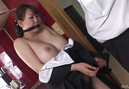 Video of dirty Japanese Kano Waka object penetrated with a dildo