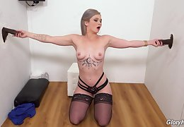 Impressive BBC glory hole action for horn-mad Kay Carter